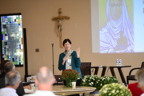 Sherry Weddell presents several revelatory survey results about how Catholics relationally view God.